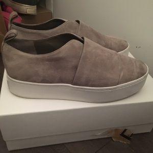 Vince Wallace Sneaker